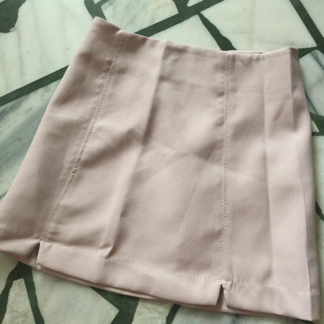 粉色A字裙