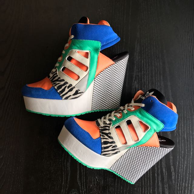 super popular 5b9a3 ca8fe ADIDAS ORIGINALS x JEREMY SCOTT Streetball Platform Wedge, Women's Fashion,  Shoes on Carousell