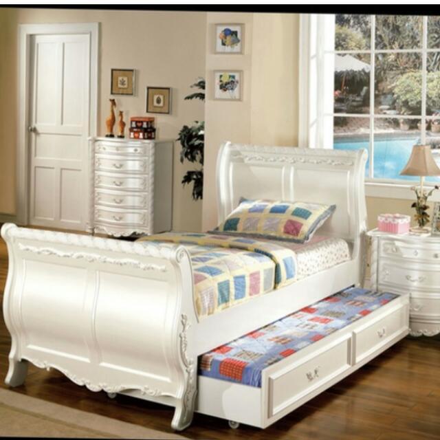 Bed Furniture Set(made By Order) 1 Bulan