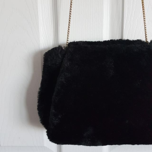 Black Faux Fur Gold Chain Bag