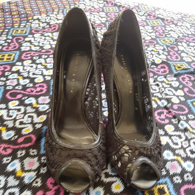 Sepatu Charles & Keith Black