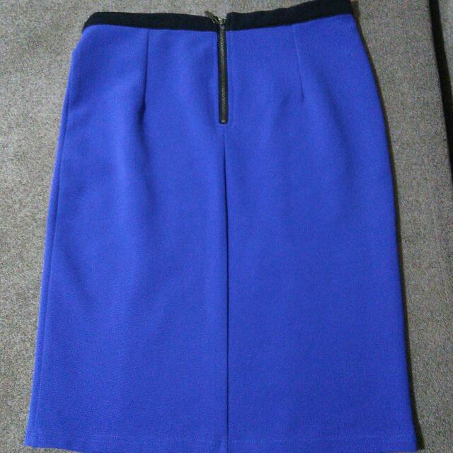 #carousell 17an  Cole - Size 10- Blue Skirt With Gold Zipper Accent