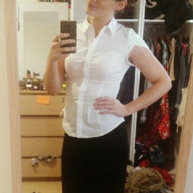 'CUE' Short Sleeve White Shirt Sz 8-10