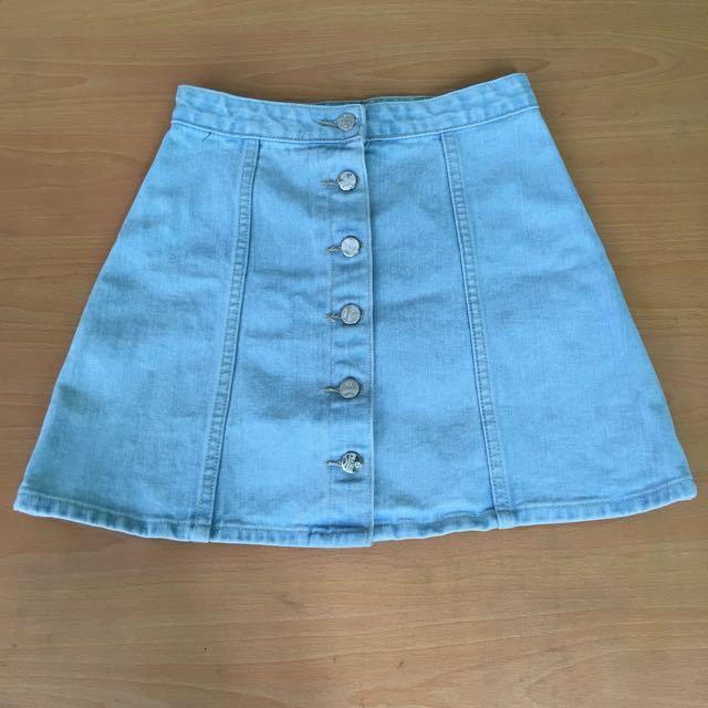 Denim Buttondown Skirt 🌸