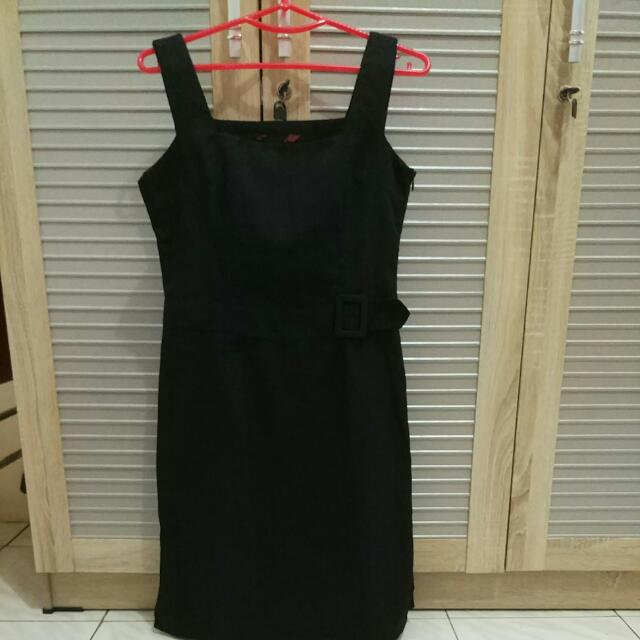 Dress Hitam Office Look Size S