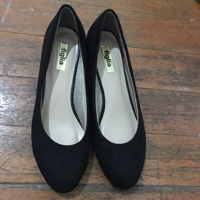 Figlia Black Shoes Size 8