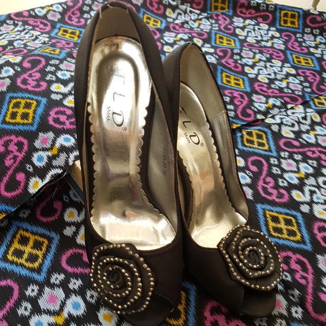Sepatu FLD Black Heels