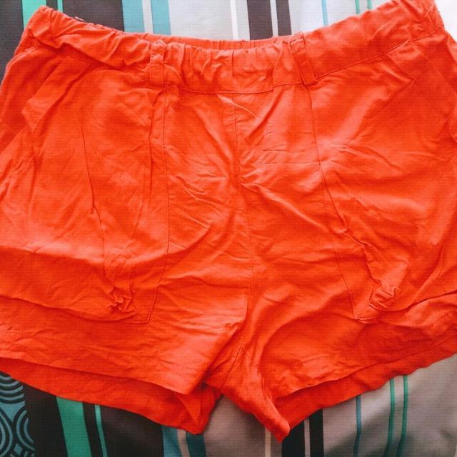 Girl's Size 12 Witchery Shorts EUC