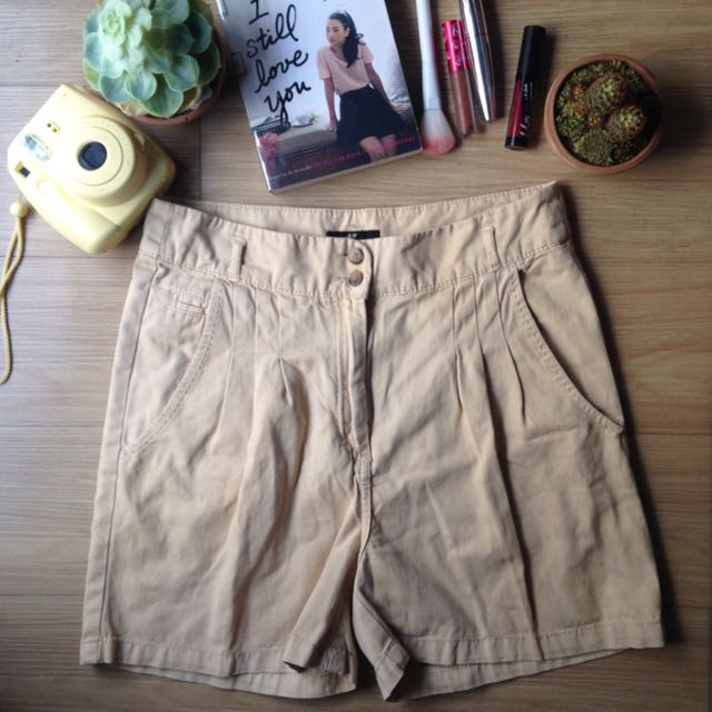 H&M Loose Highwaist Shorts