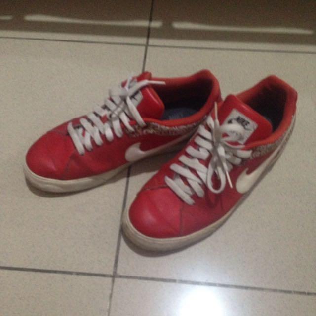 Jual Sepatu Sneaker Nike Court Tour 458673-619 Red Pattern RARE
