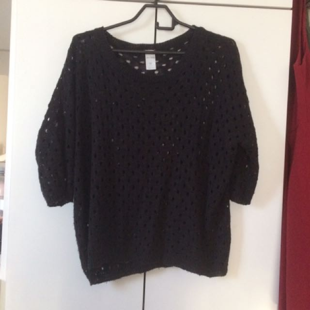 Knitted Top With Holes