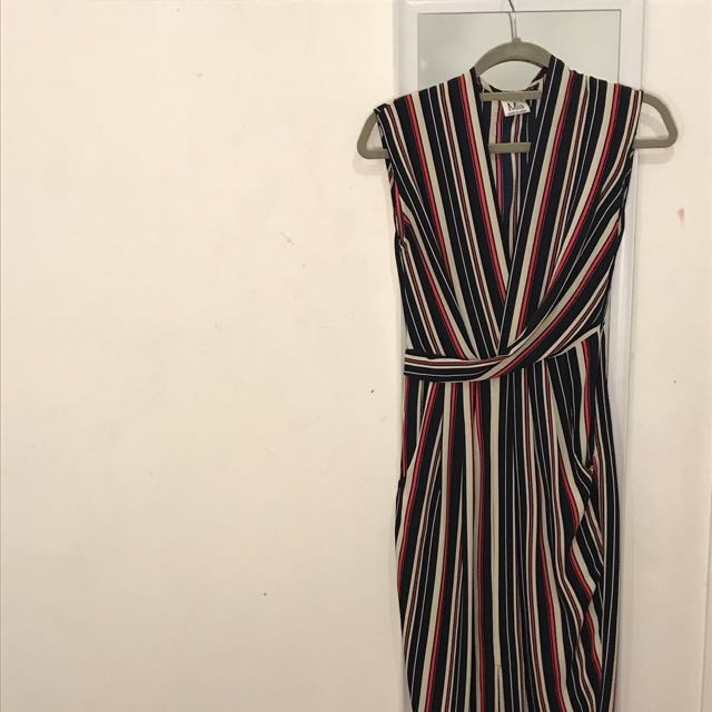 long v-neck maxi dress