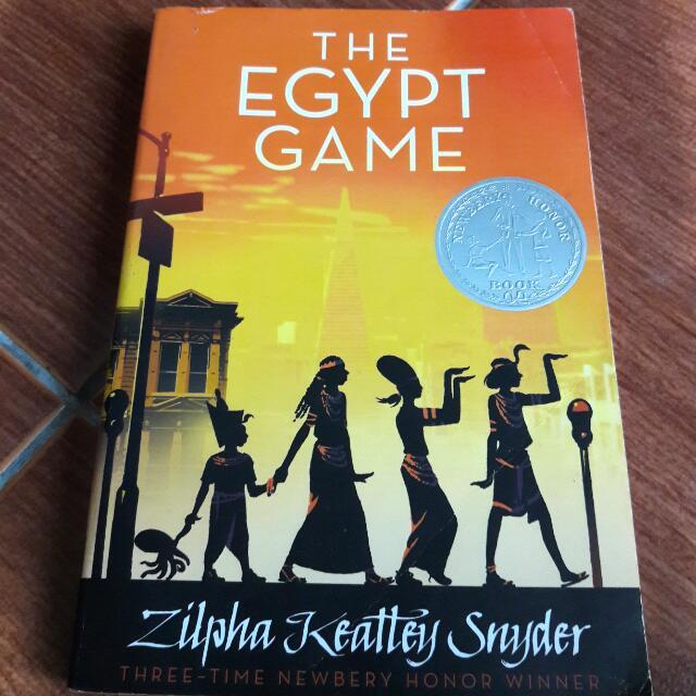 Novel Egypt Game