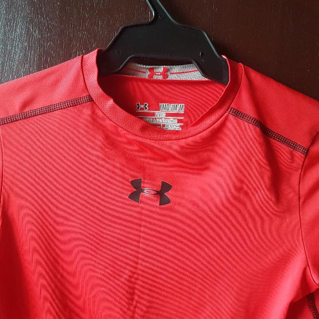 Original PRELOVED  UNDER ARMOUR HEAT TECH LONG SLEEVES FOR BOYS 10 YRS OLD (FITTED)