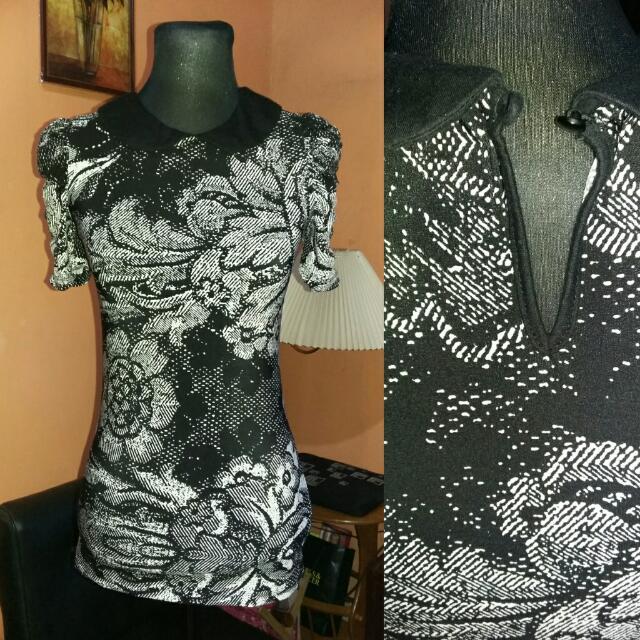 Preloved Black Floral Polo Blouse