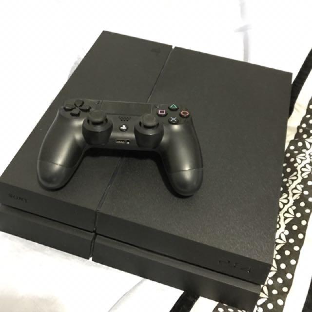 PS4 - 1TB