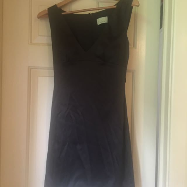 Review Black Dress Small Size 10