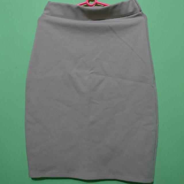 Stretchy Office Skirt