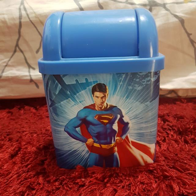 Tempat Sampah Mini Superman