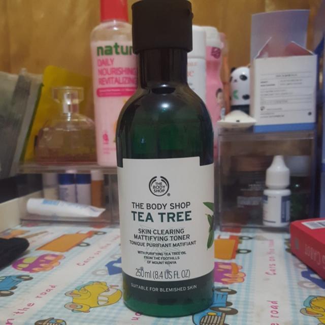 The Body Shop Tea Tree Skin Clearing Mattifying Toner 250 ml