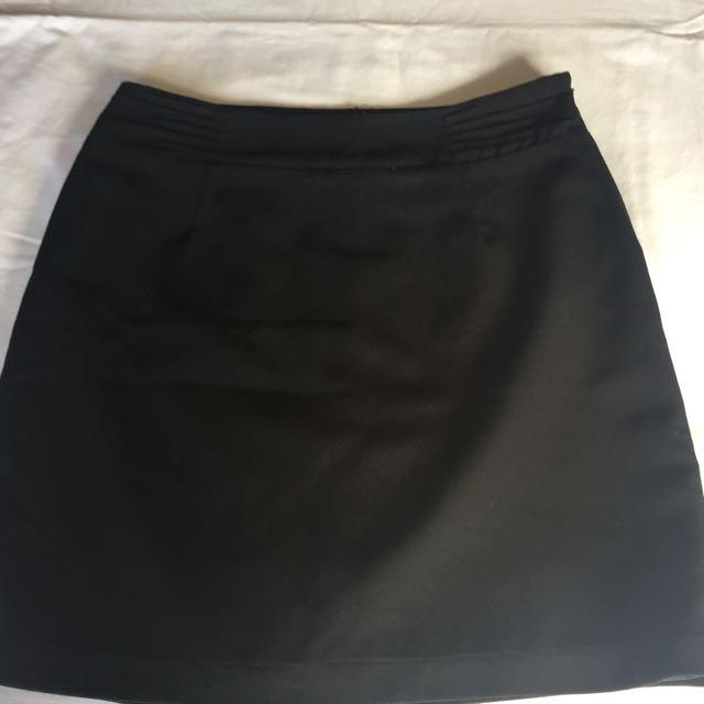 Tokito Black Skirt Size 10