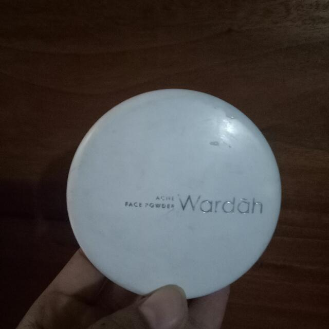 WARDAH ACNE FACE POWDER
