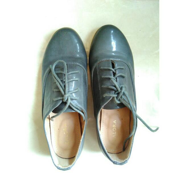 Zalora Oxford Shoes Grey