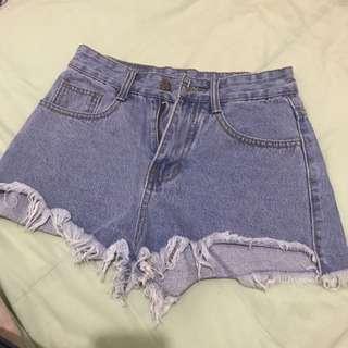 韓版 牛仔短褲 S 全球