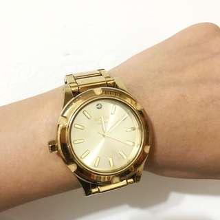 NIXON金色手錶