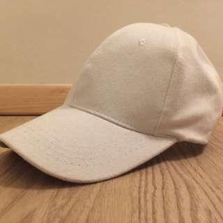 (NO BRAND) WHITE HAT