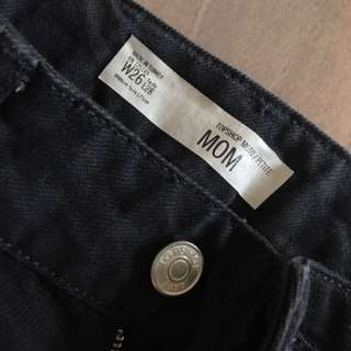 TOPSHOP MOM JEANS SIZE 26