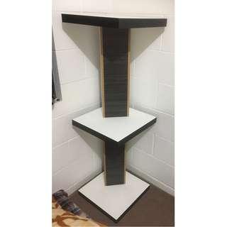 Corner stand