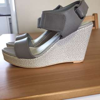Mr & Mare Wedges