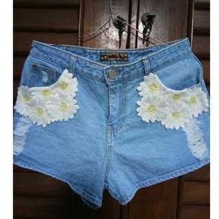 Hotpants flower
