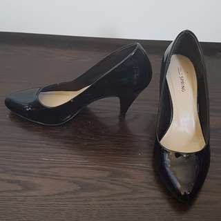 Spring - Black Almond Toe Patent Heels - 7.5