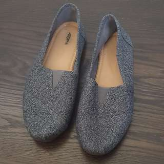 Ardene - Like TOMS Grey flats shoes foam insoles