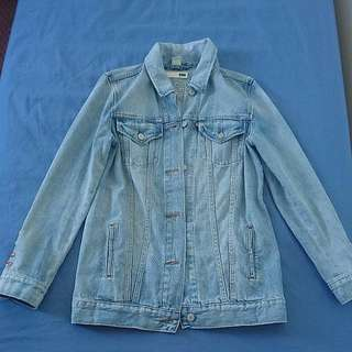 Levis denim jacket size s