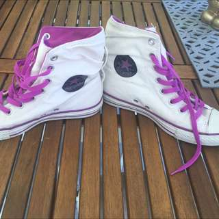 Converse Chuck Taylor Purple High tops