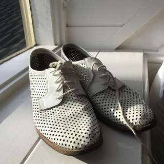 Italian Leather Brogues Size 39