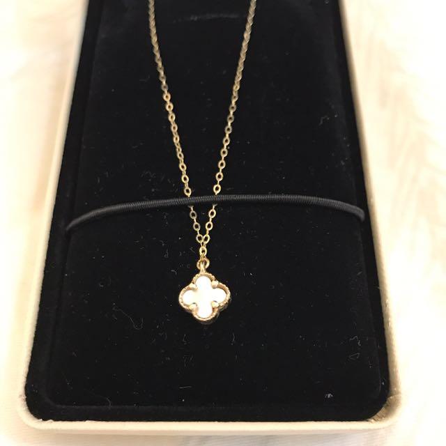 ✨14k金✨貝殼白小花墜飾項鍊