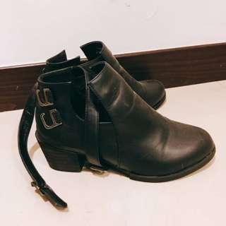 D+AF 裸靴 尺寸24 含運