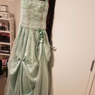 Ball dress size 6