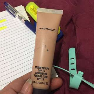 REPRICE RP 170.000 Mac Studio Sculpt Foundation