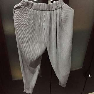 Pleats Gray Pants