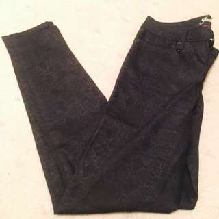 Jeanswest 72 Super Skinny Size 10 Black Jeans with Gold Sheen