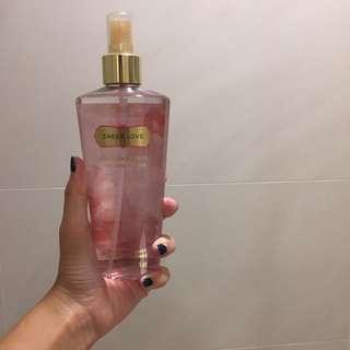 Victoria Secret Sheer Love Fragrance Mist