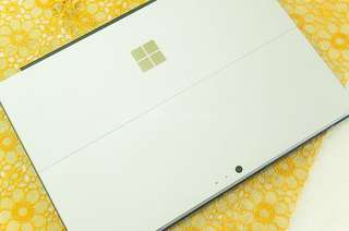 Microsoft Surface Pro 4 i5 8GB RAM 256GB ROM