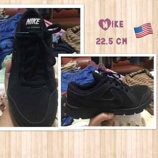 Authentic NIKE