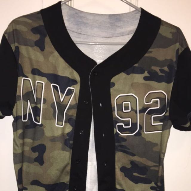 ARMY BASEBALL STYLED TOP