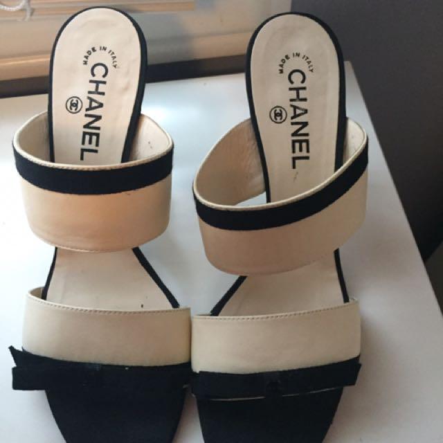 Authentic Chanel Shoes Size 9